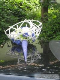 Украшение свадебного кортежа цветами. Фото 3