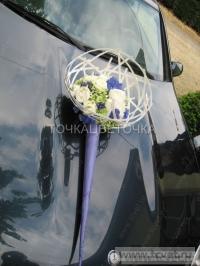 Украшение свадебного кортежа цветами. Фото 4