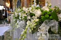 Украшение белыми цветами зала Яръ. Фото 4