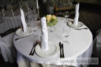 Украшение белыми цветами зала Яръ. Фото 3