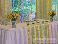 Ромашковая свадьба. Убранство свадебного стола