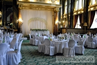 Украшение белыми цветами зала Яръ. Фото 6