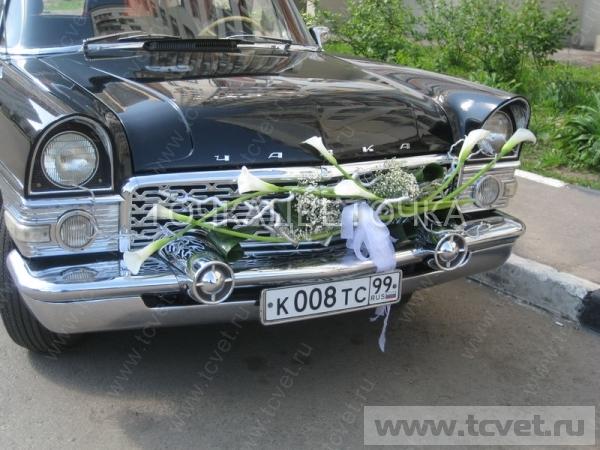 Украшение свадебного кортежа цветами