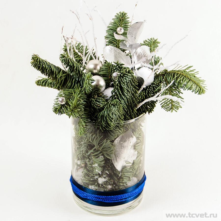 Серебро композиция в стеклянной вазе