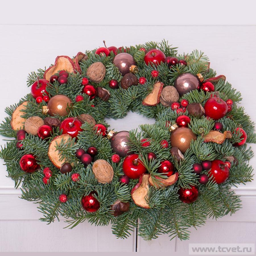 Венок рождественский красный