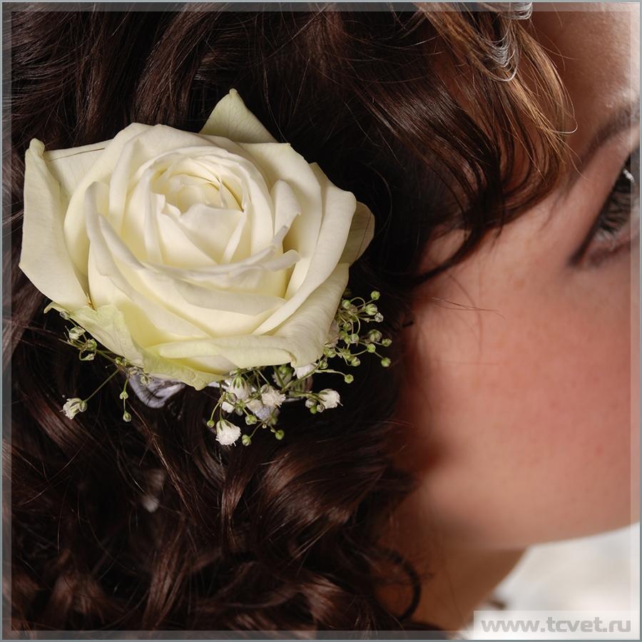 Заколка невесты из цветов Белое Золото