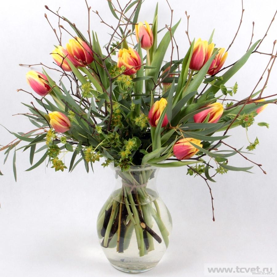 Букет Превосходный день с тюльпанами