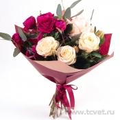 Букет Праздник весенний, розово-рубиновый