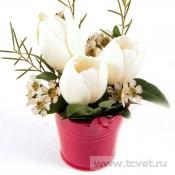 Миниатюра «Мария-Антуанетта» белая с тюльпанами