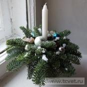 Рождественский комплимент со свечой бело-голубой