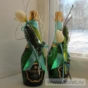 Украшение бутылки Белый тюльпан