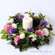 Венок садовый со свечой