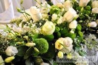 Украшение белыми цветами зала Яръ. Фото 10