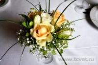 Украшение белыми цветами зала Яръ. Фото 7
