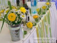 Ромашковая свадьба. Букет и цветочные композиции