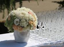 Украшение свадебного шатра в Парке Победы. Фото 20