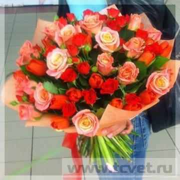 Букет из красных роз Зарница