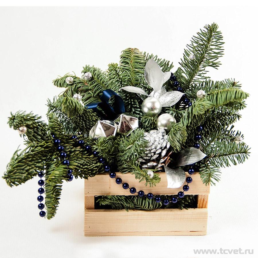 Деревянный ящичек с композицией Серебро