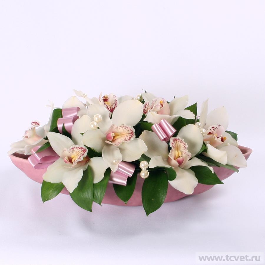 Композиция на стол молодых Жемчужная орхидея