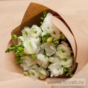 Амбассадор белый весенний букет