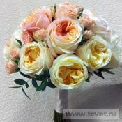 Букет невесты Персиковая вуаль