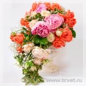 Каскадный букет невесты Коралл