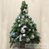Серебряно-голубая елка